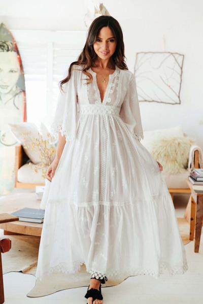 b45e64a5406 bohemian luxe romantic bridal φόρεμα Isabella