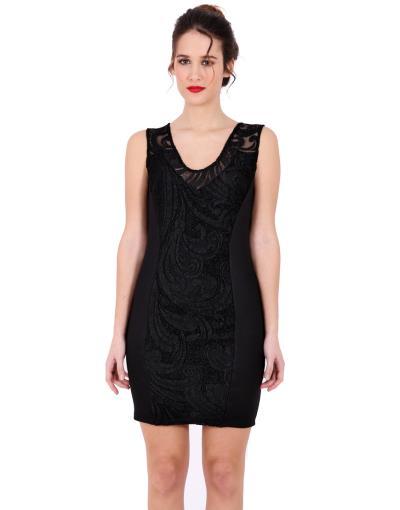 6ef514d43583 Μαύρο φόρεμα με ανάγλυφη δαντέλα εμπρός