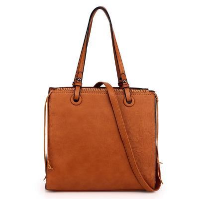 1444 AG Μοντέρνα γυναικεία τσάντα AG00558 - καφέ 9d96c5b2ec4